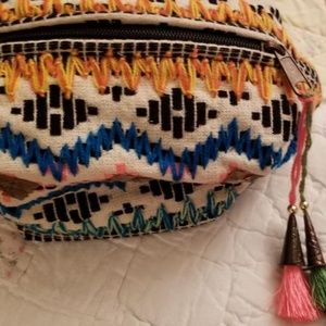 Lovestitch Knit Woven Clutch Cosmetic Tassel Bag